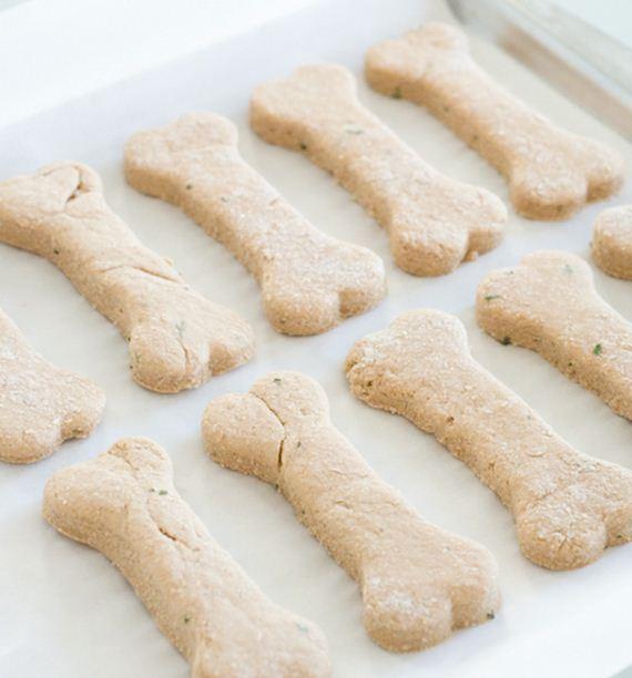 06-Natural-Homemade-Dog-Recipes