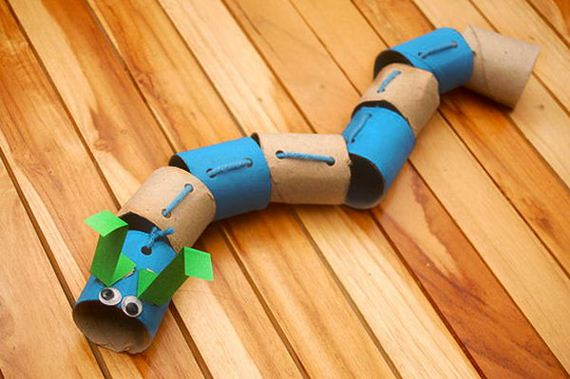 18-caterpillar-paper-roll-crafts