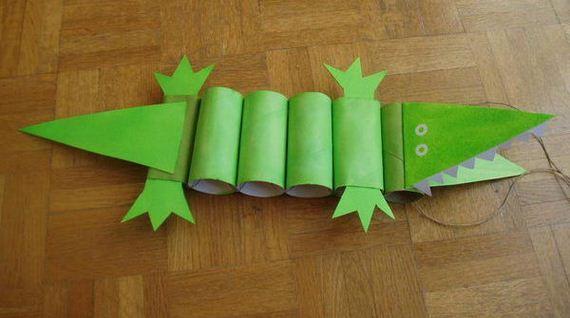 36-crocodile-paper-roll-crafts