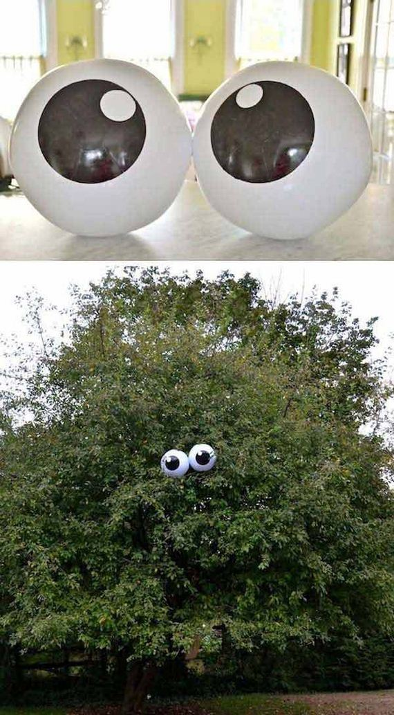 decorate-outdoor-tree-for-halloween-10