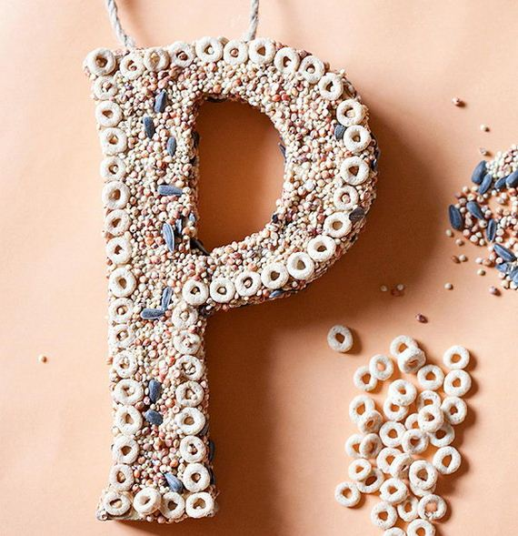 01-seashell-covered-letters