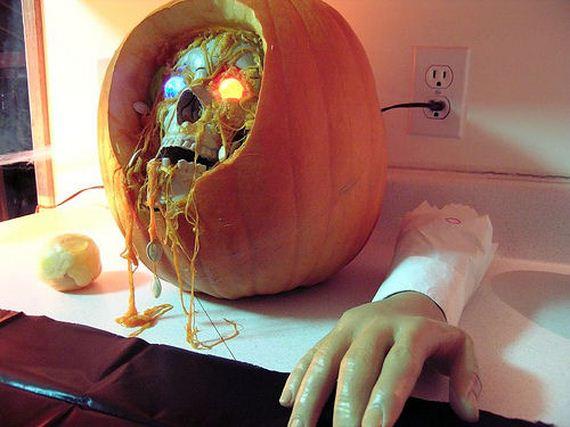 05-pumpkin-carving-designs