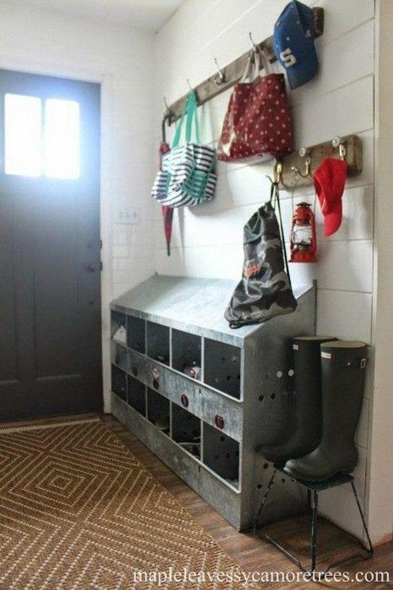 18-rustic-entryway-decorations