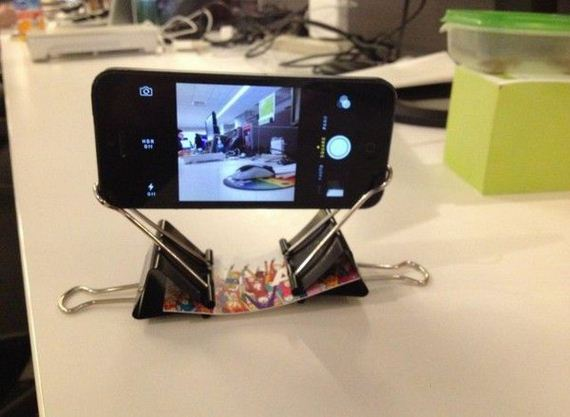 02-diy-iphone-stand