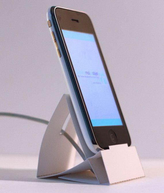 03-diy-iphone-stand