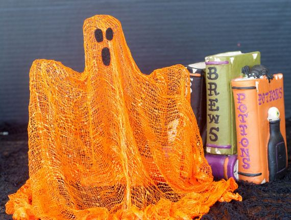 06-easy-ghost-crafts-treats