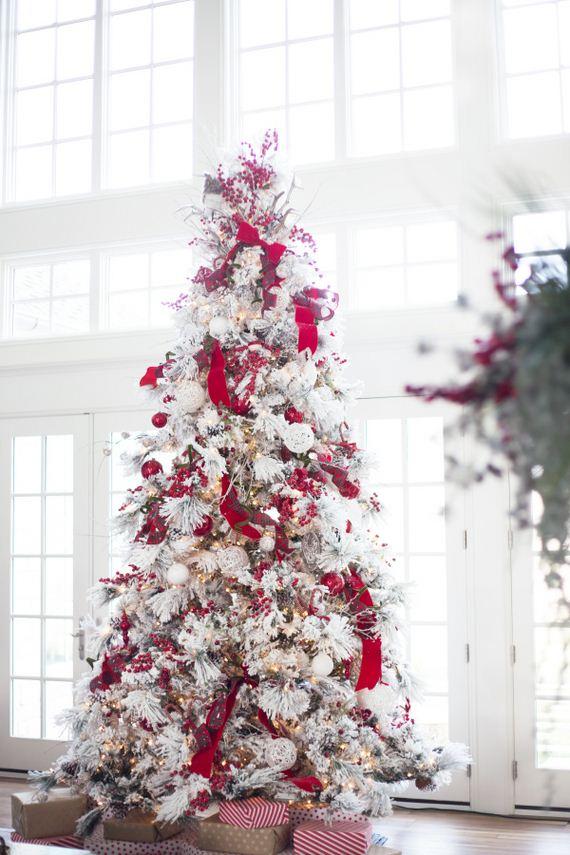 10-modern-christmas-trees