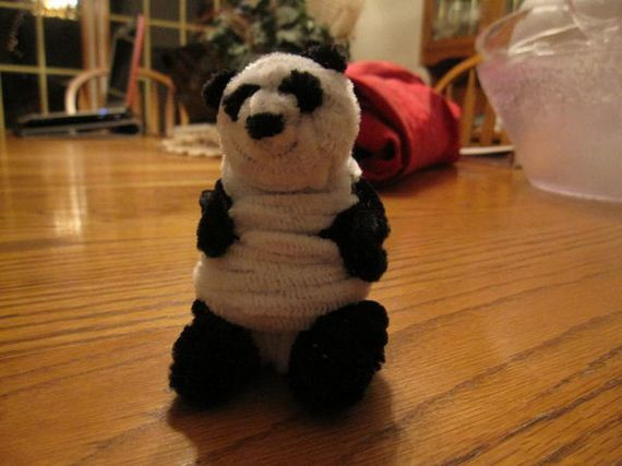 11-pipe-cleaner-animals-kids