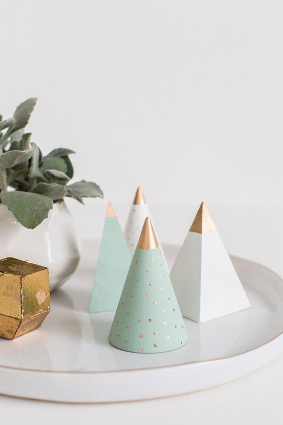 14-modern-christmas-trees