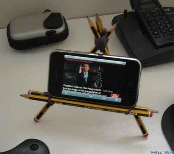 15-diy-iphone-stand
