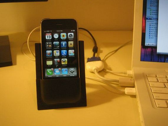 16-diy-iphone-stand