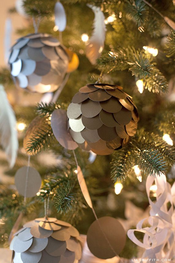 02-diy-white-tree-ornaments