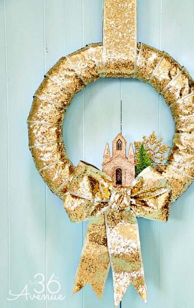Amazing DIY Christmas Wreaths Tutorials