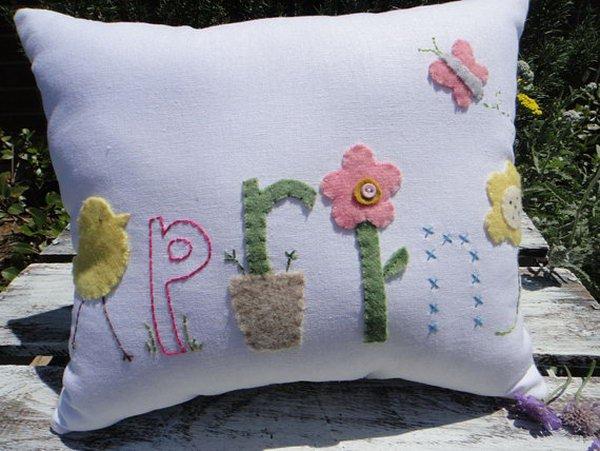 14-diy-pillow-ideas