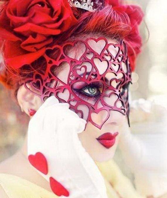 DIY Queen of Hearts Costume Ideas