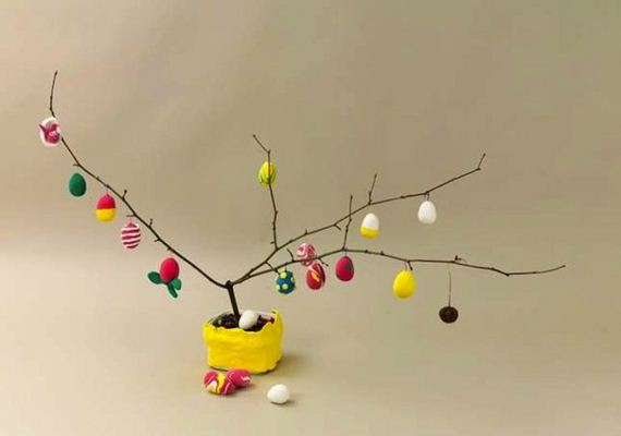 Amazing DIY Easter Trees
