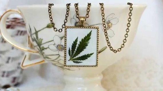 Awesome DIY Botanical Jewelry