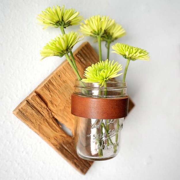Fun diy bathroom decor projects diy rustic mason jar sconce solutioingenieria Gallery