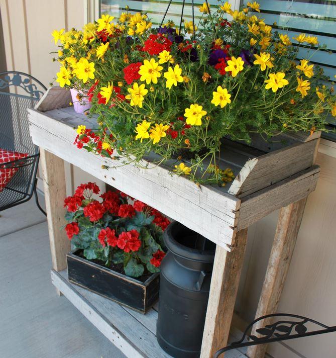 Amazing Garden Potting Table Ideas