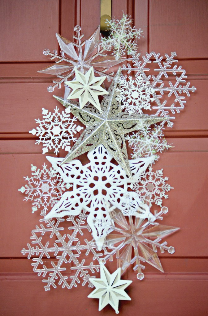 amazing diy christmas door decorations to greet your guests with this year