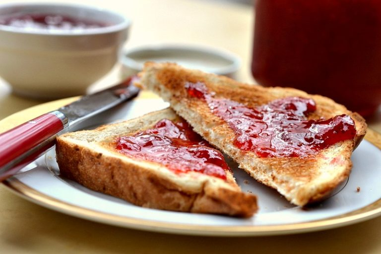 Delicious DIY Jam Recipes