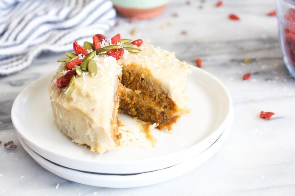 Amazing Raw Carrot Cakes