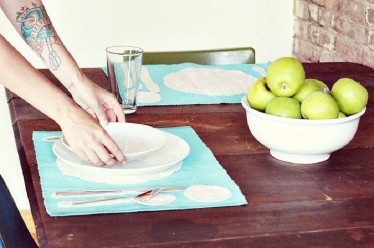 Awesome DIY Placemat Ideas