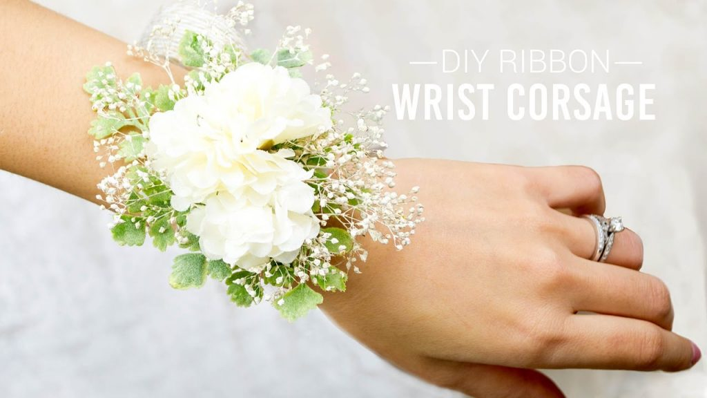 Amazing DIY Corsages