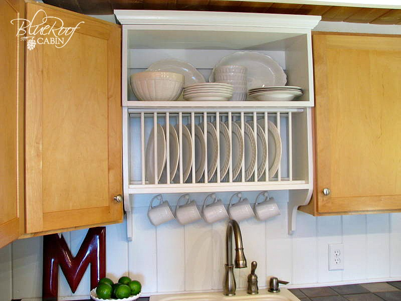 Cool DIY Plate Rack