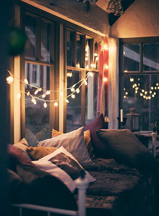 How To Hang Christmas Lights In Your Room.Great Ideas Hang Christmas Lights In A Bedroom