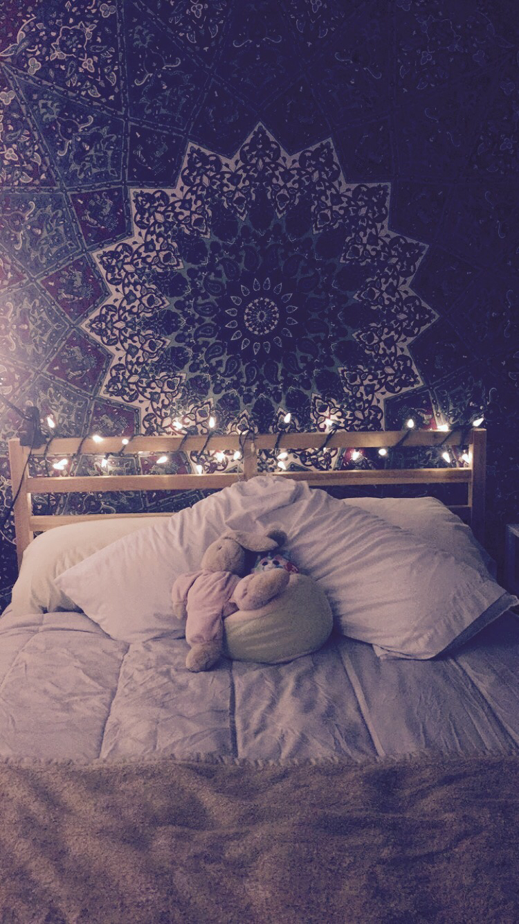 Great Ideas Hang Christmas Lights In A Bedroom
