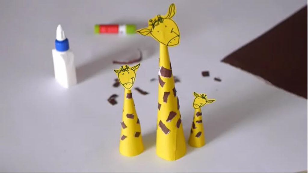 Awesome Giraffe Themed Crafts