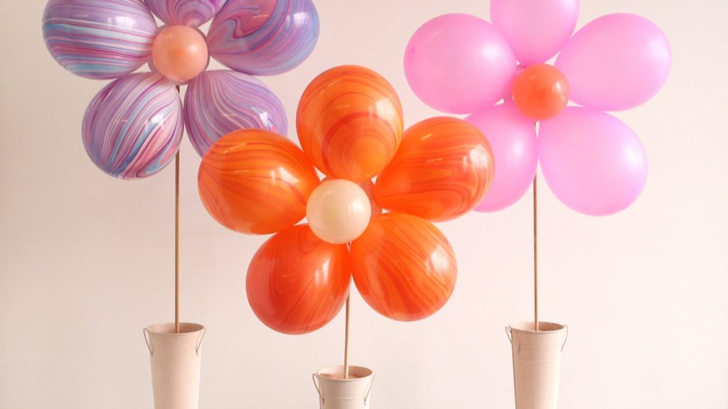 Awesome Balloon Party Crafts