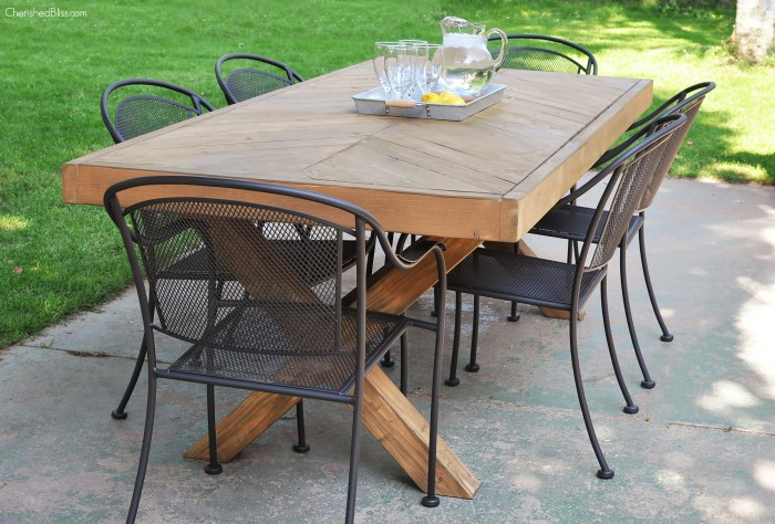 Awesome Outdoor Furniture Projects