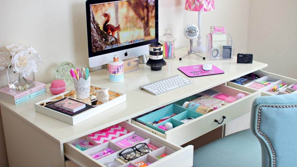 Awesome DIY Students Desk Organizers