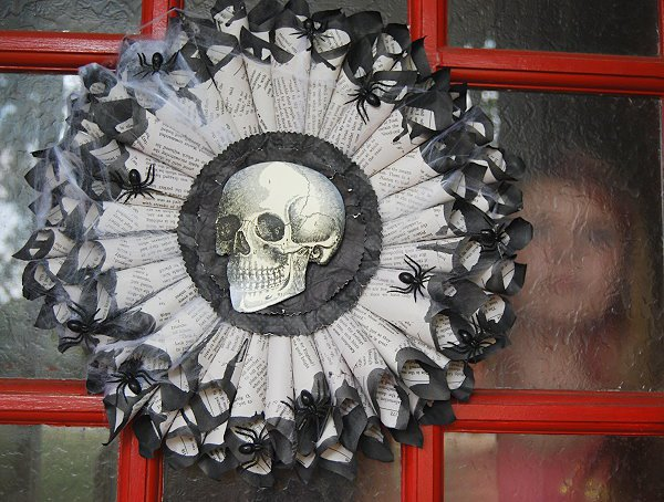 Awesome And Unique DIY Halloween House Decorations