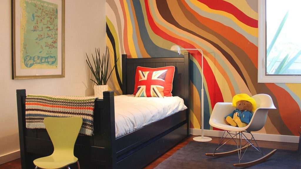 How To Liven Up Walls with Paint
