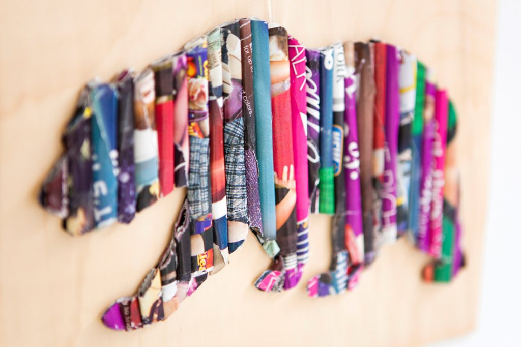 Cool Crafts Made from Old Magazines