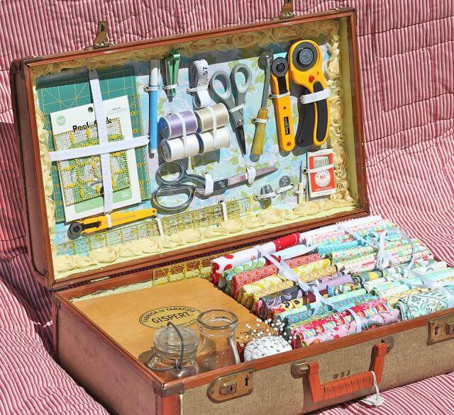 Cool DIY Old Suitcase Ideas
