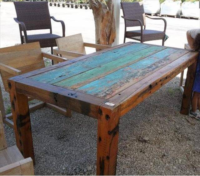 Cool DIY Outdoor Table And Bench Ideas