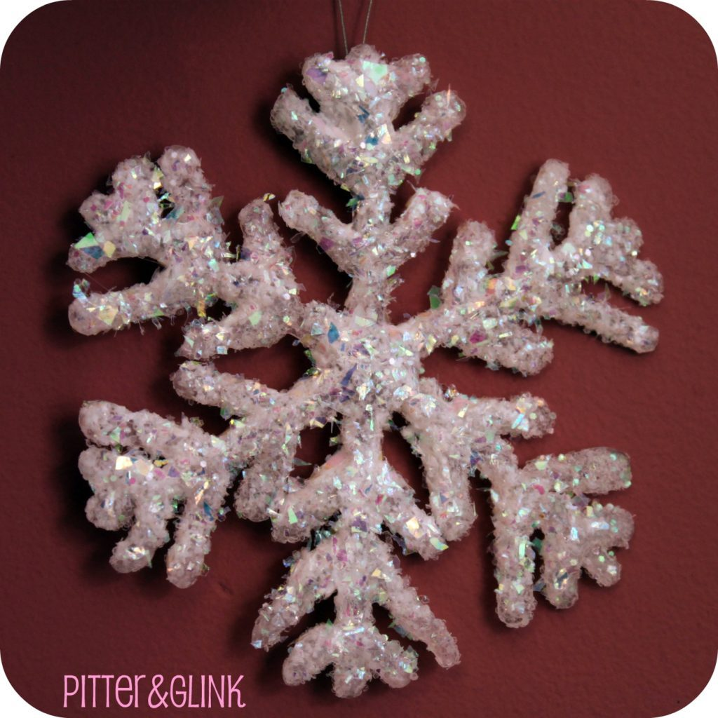 Awesome DIY Snowflakes