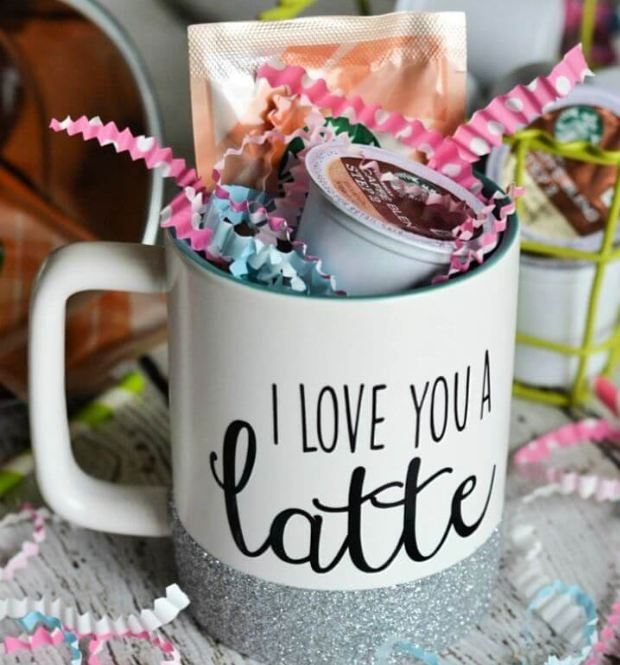Creative DIY Glitter Mugs