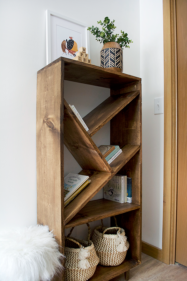 The Best DIY Bookshelves