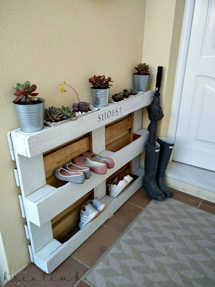 Cheap and Smart DIY Shoe Organizers
