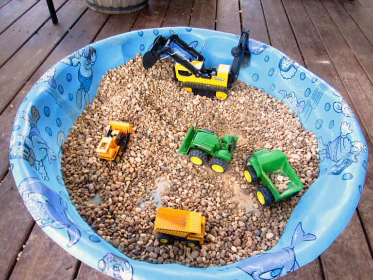 Awesome DIY Outdoor Play Areas For Kids