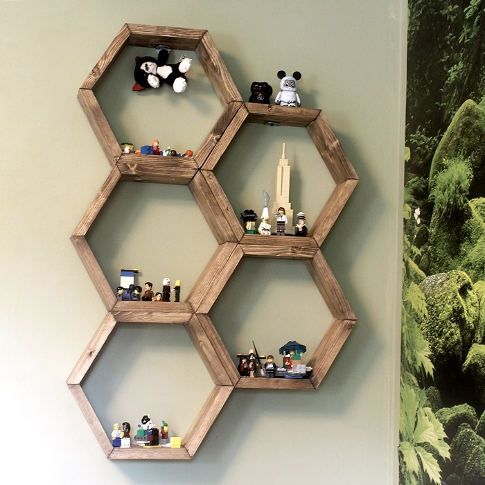 Amazing And Easy DIY Shelves