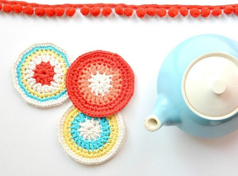12 Amazing DIY Crochet Gifts