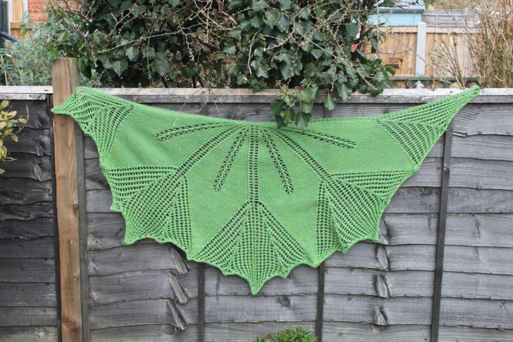 14 Amazing Spring Shawl Knitting Patterns