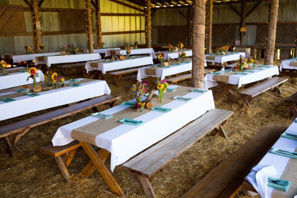 14 Summertime Barn Wedding DIYs