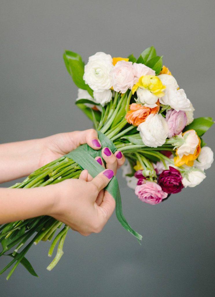 10 Amazing DIY Wedding Bouquets